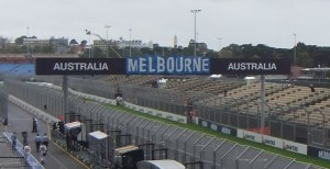 Melbourne Main Straight 2011 (c) UKpoints.com
